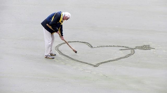 Opiekunka osób starszych - Jak wybrać?