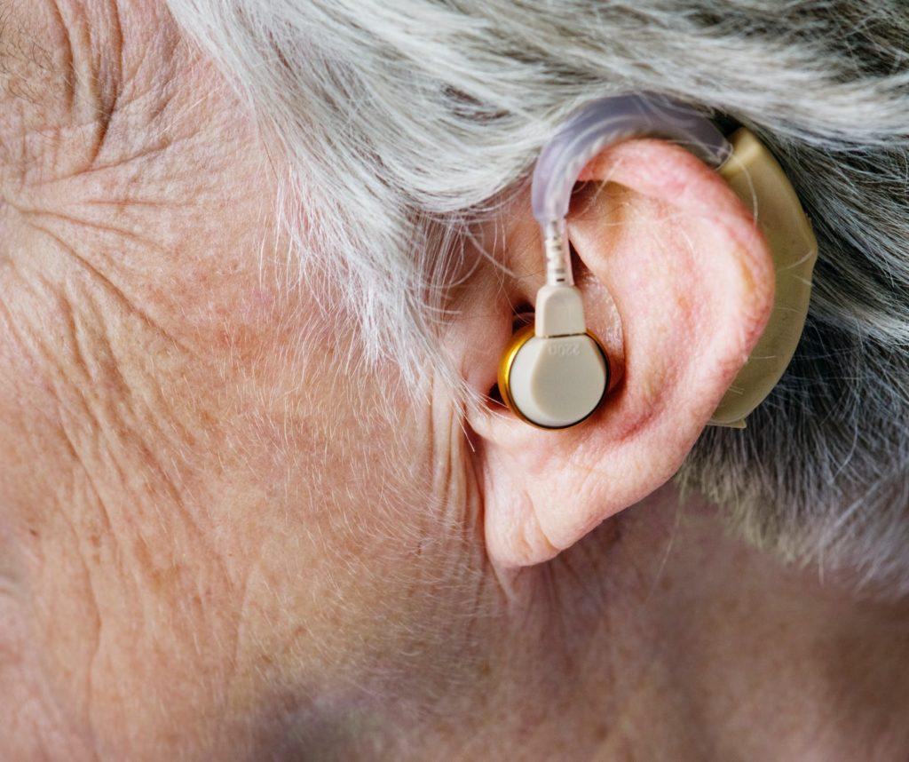 Wysokiej jakości aparat sluchowy