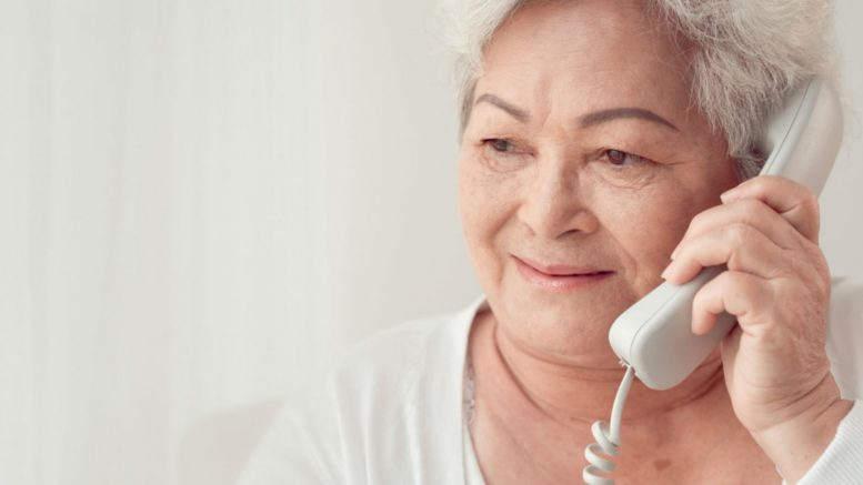 Seniorzy oszukiwani są głównie przez telefon oraz w domach i na pokazach