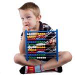 Wybieramy najlepsze zabawki edukacyjne – Pętle, labirynty, liczydło