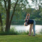 Aktywność fizyczna seniorów – Ćwiczenia w plenerze