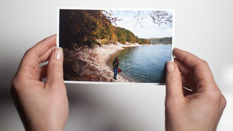 Jak tanio i szybko wywoływać zdjęcia