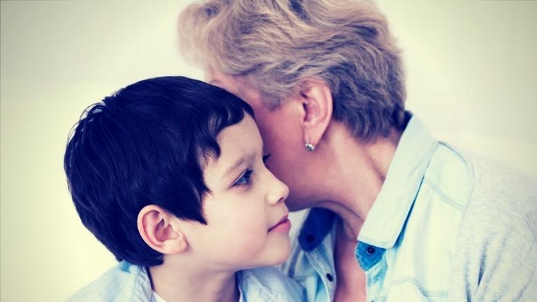 Problemy ze słuchem seniorów i dzieci