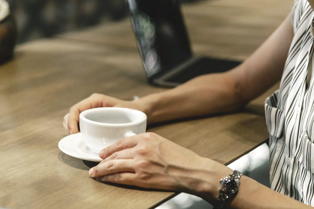 kawa inka w filiżance
