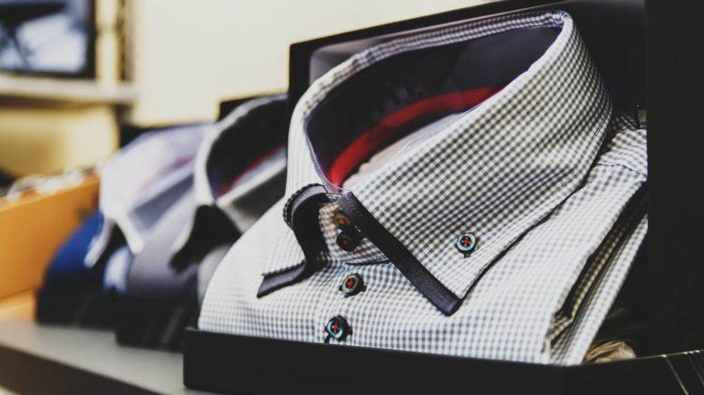 Koszule casual dosępne są w niezliczonej liczbie kolorów i wzorów