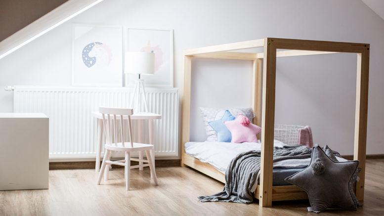 Cudowna Łóżka sosnowe typu DOMEK | Słowo Seniora ZB33