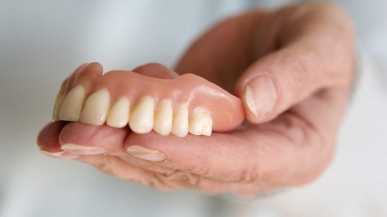 zdjecie protezy