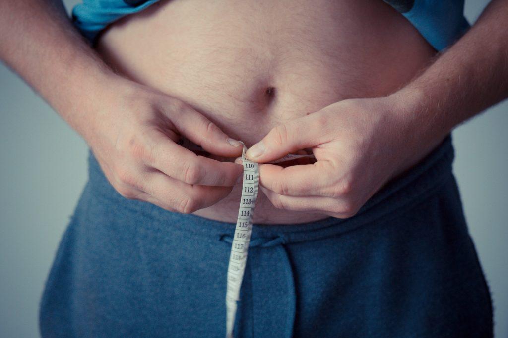 brzuch po liposkucji