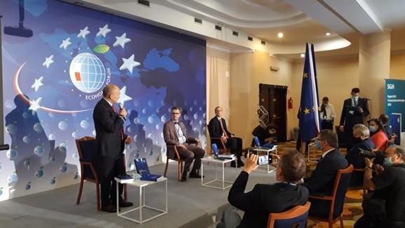 raport SGH na forum ekonomicznym w karpaczu