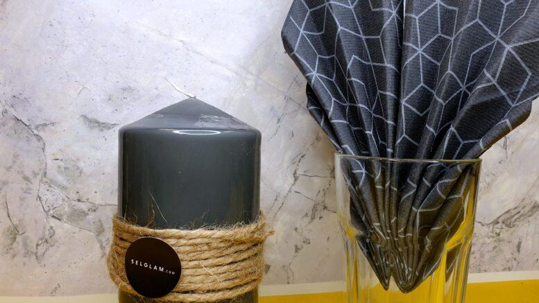 Serwetki fizelinowe jako dekoracja stołu