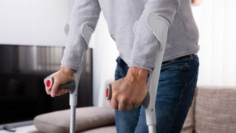 Inwalidzkie kule ortopedyczne